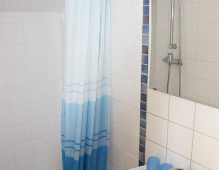 Ferienwohnung Eiche - Bad mit Dusche und WC