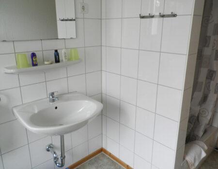 Ferienwohnung Kirsche - Bad mit Dusche und WC