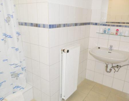 Ferienwohnung Pappel - Bad mit Dusche und WC