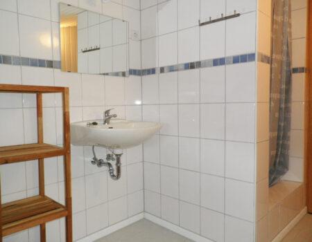 Ferienwohnung Weißdorn - Bad mit Dusche und WC